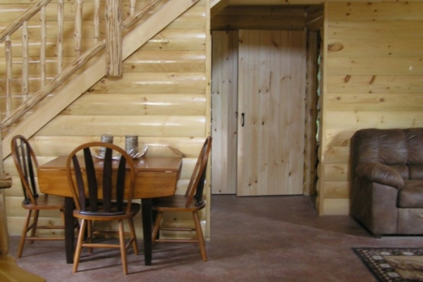 Lowlands Whitetails Hunting Camp